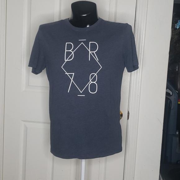 🤯3/$12 Banana Republic Blue-Gray T-Shirt Medium